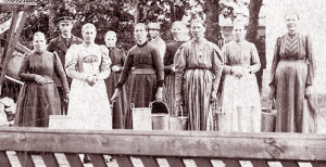 Women working in Old Sweden on the farm 1896